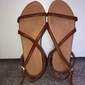Sandals.💖